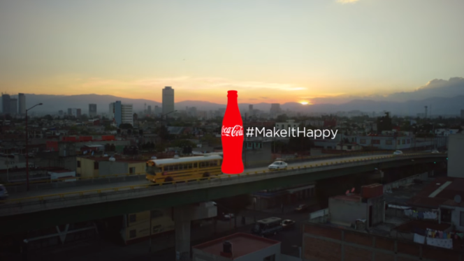 Makeithappy with #Hashtag Ad